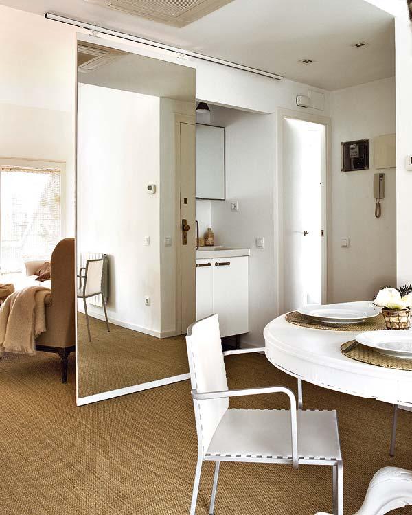 El encanto de los espejos for Espejo pared habitacion