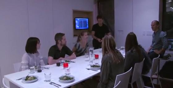 cena entre amigos