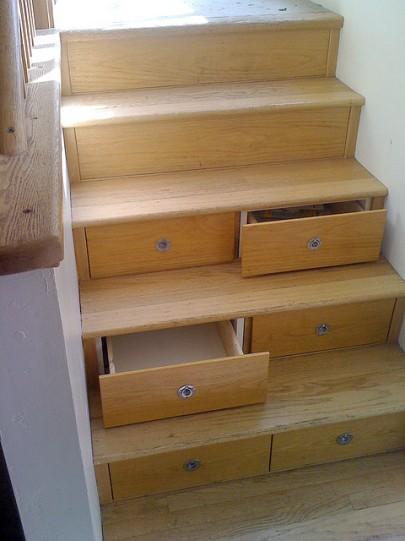 cajones en escalera