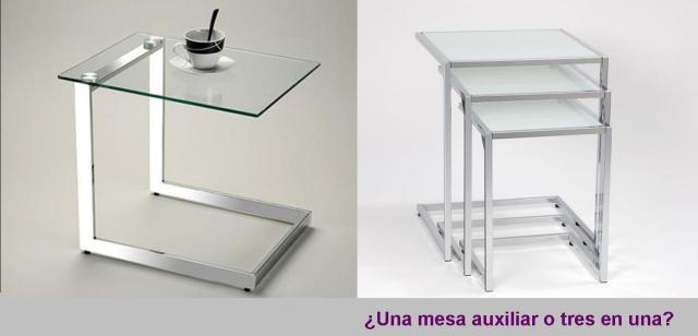 Una mesa auxiliar o tres en una