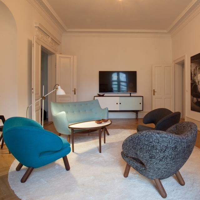 Pelican-Chairs-Poet-sofa-Eyetable-Frederiksgade